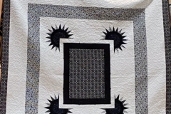 Pat-Peacock_Larry_s-Lion-quilt